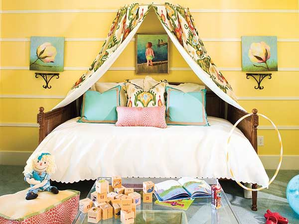 Another canopy over daybed