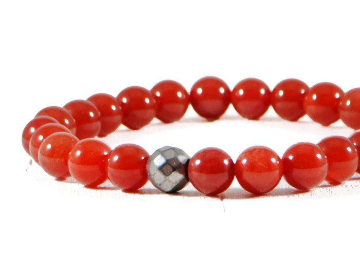 Men's Carnelian Stretch Stone Bracelet.