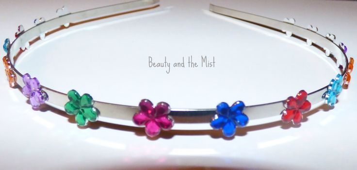 Beauty and the Mist - everything about beauty: DIY: Metal Headband with Plastic Flowers