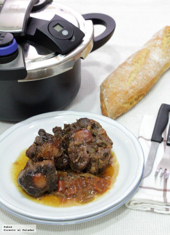 Una de las recetas de carne más tiernas y melosas es el rabo de toro a la…