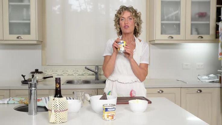 Fondue de chocolate con leche condensada Nestlé - Maru Botana