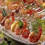 Brochettes de gambas marinées à la provençale - une recette Barbecue - Cuisine