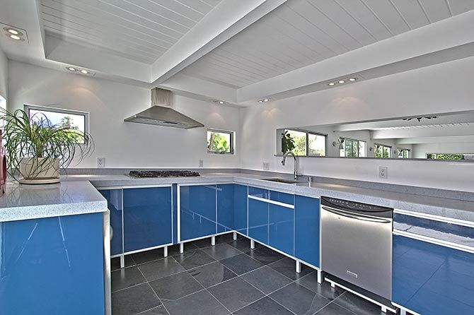 Palm springs mid century home updated kitchen mid for Palm springs mid century modern homes for sale