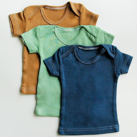 Designed in the Netherlands, Those Baby Basics specializes in durable clothing that demonstrates how simplicity and practicality can still be easy on the eyes. Everything from this brand is soothing, easy-peasy to care for and essential to Baby's wardrobe.