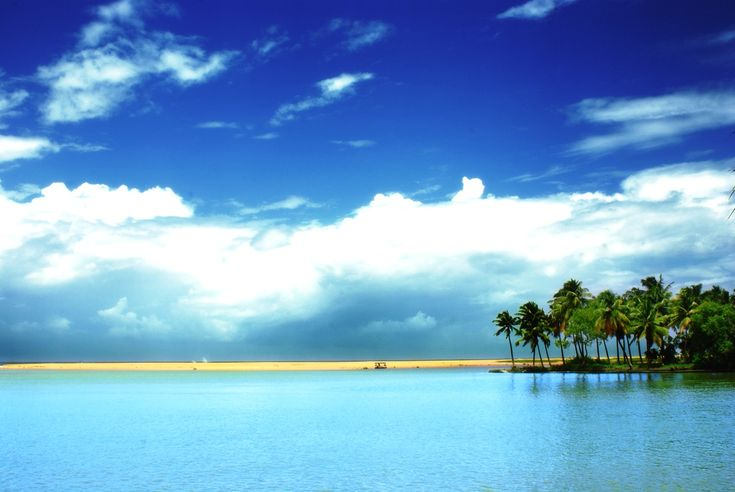 """The National Geographic Magazine lists Kerala in the 'Ten Paradises of the World'... """""""