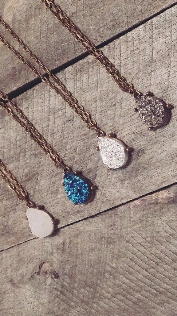 Druzy Stone Necklace. Beautiful Druzy Necklace Available in 4 different Colors. You can buy yours today with free shipping.