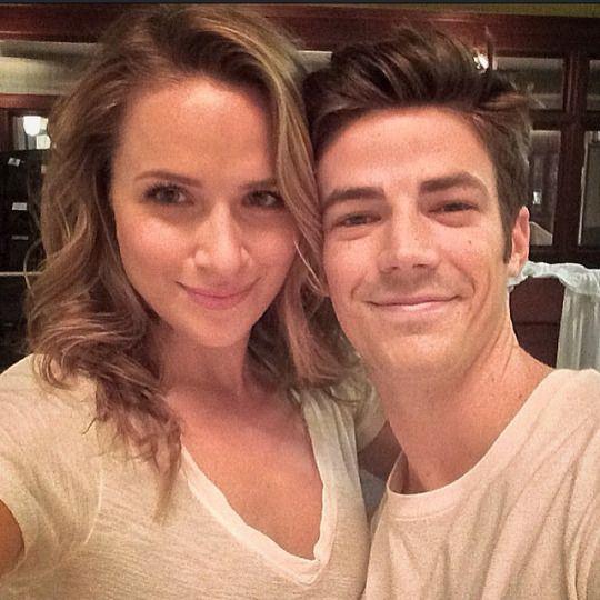 The Flash - Grant Gustin & Shantel VanSanten (Barry Allen & Patty Spivot)