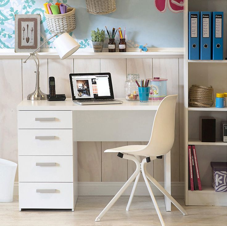 Escritorio ideal para un escritorio minimalista #Sodimac #Homecenter #Decor #Deco #Diseño
