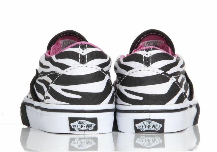 Moderne meisje kunnen niet meer zonder prints! Dus deze zebra Vans sneakertjes zijn een absolute must-have.