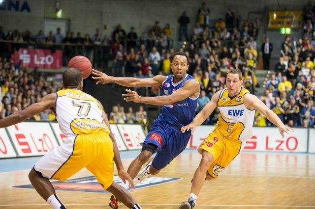 EWE Baskets Oldenburg - Eisbären Bremerhaven