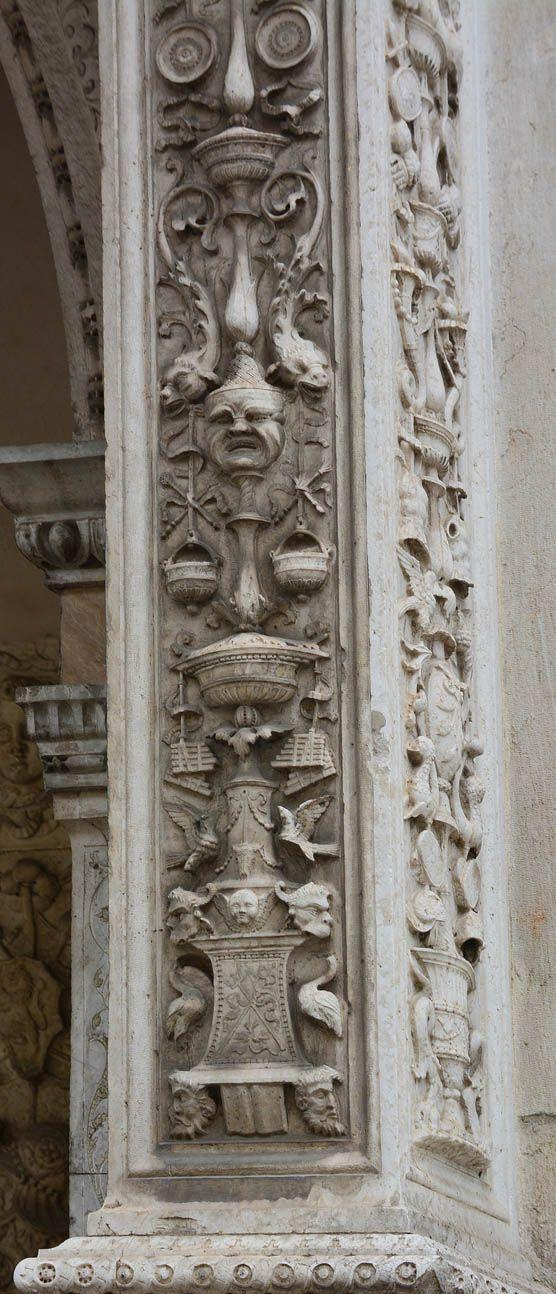 Декор церкви Santa Maria dei Miracoli в Брешии