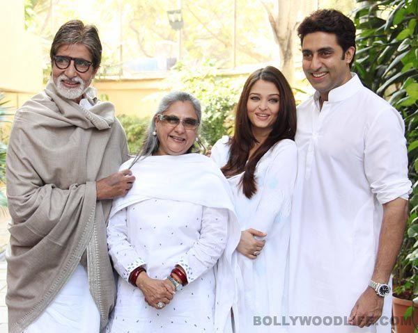 Amitabh, Aishwarya, Abhishek, Jaya cast their vote.