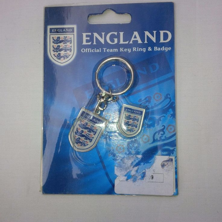 England Official Team Key Ring & Badge - 3 Lions Keyring & Badge - Football Gift  | eBay