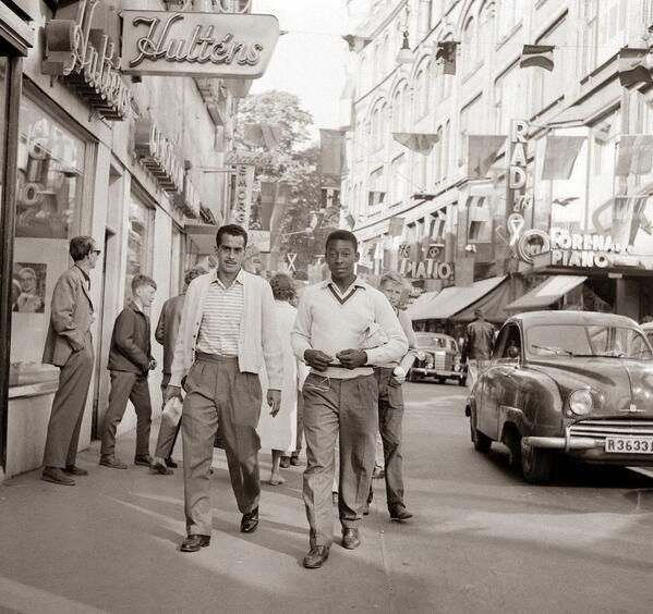 """History In Pictures on Twitter: """"A 17 year old Pele on a street of Sweden before the 1958 World Cup color. https://t.co/QGpwHXstCV"""""""