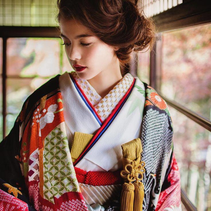 CUCURU 花嫁着物レンタルストア。 日本で唯一の、コーディネートで花嫁着物を楽しむ、花嫁着物専門レンタルサロンです。 TEL03-3470-9960 http://www.cucu-ru.com #CUCURU #花嫁 #花嫁着物 #和婚 #着物 #白無垢 #引き振袖 #色打掛 #kimono #wedding #Weddings #WeddingStyling #Styling #ideas #結婚式 #ウェディング #hair #make #ヘアメイク #ヘアアレンジ #originalwedding #happy #cute #beautiful #colorful #white #japan #tokyo #weddingdecoration #instapic 2016.1.15 NO:381