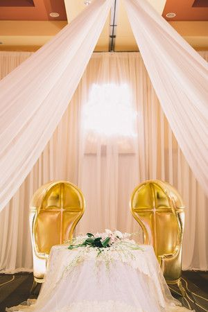 Planner: Angela Proffitt Venue: Embassy Suites, Cool Springs Photographer: Black & Hue Photography