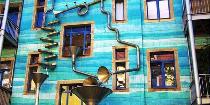 Il Fullen Wall di Dresda. Il palazzo azzurro che suona quando ...