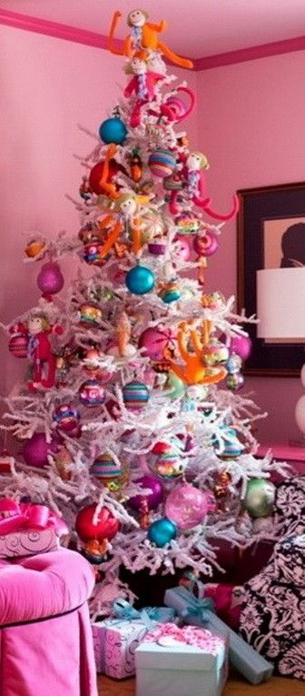 10 best christmas decorations images on pinterest for Non traditional christmas tree ideas