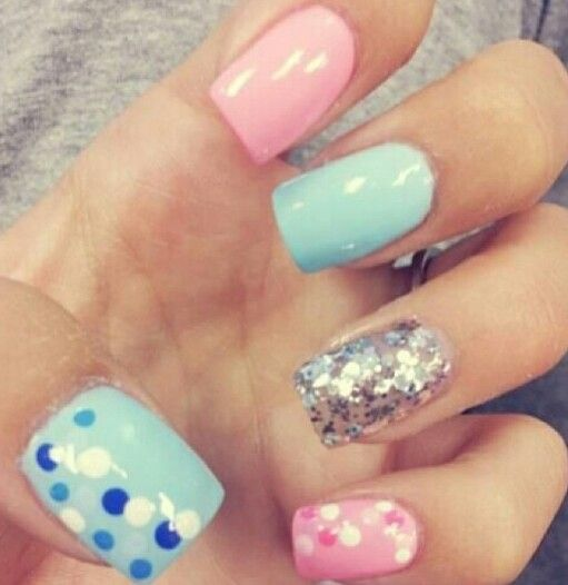 Gender reveal nails! I must have my nails like this when I have a baby!