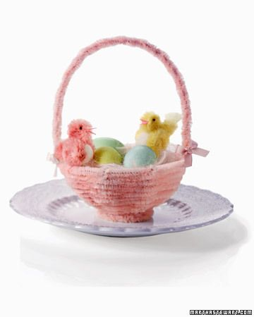 chicks in pipe cleaner baskets
