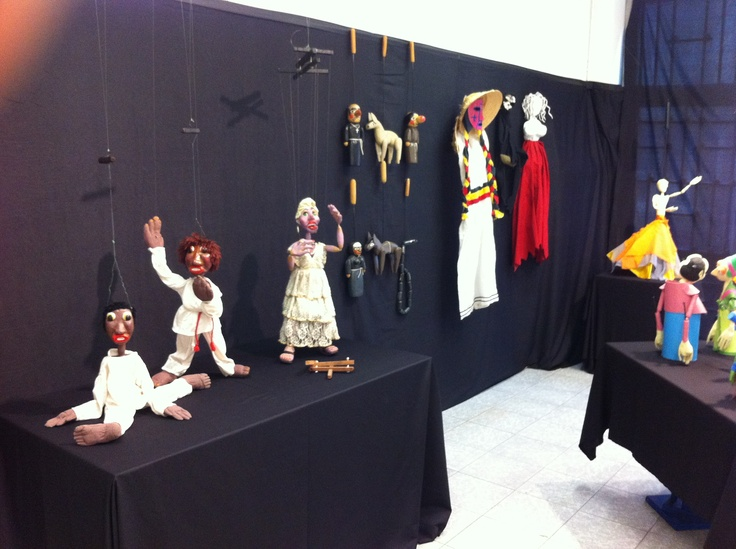 puppet exhibition