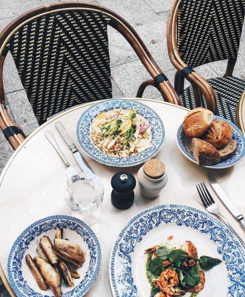 'Le Manger' 🇫🇷😋 #ParisMonAmour #collageontheroad (en Hotel Providence Paris)