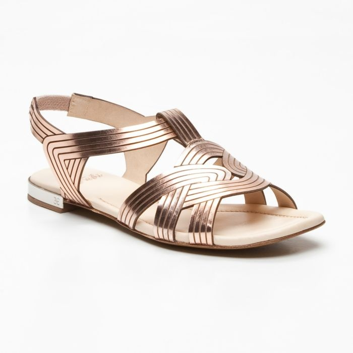 Patent Leather Sandals in Metallic Pink