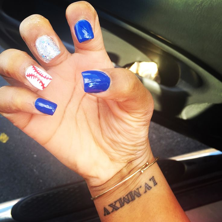 Day 1: getting my nails and toes done made me happy today. And they're baseball themed? #baseball #yankees #nails #tattoos #jewelry #happy