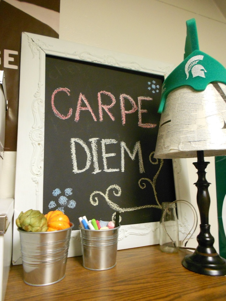 How to make your own chalkboard. for the dorm room, too!