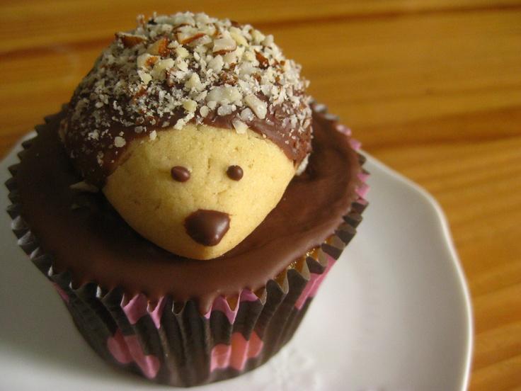 Cupcake com biscoito de porco espinho