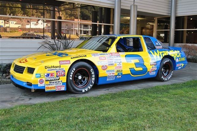 1987 Chevrolet Monte Carlo Coupe Dale Earnhardt Sr.