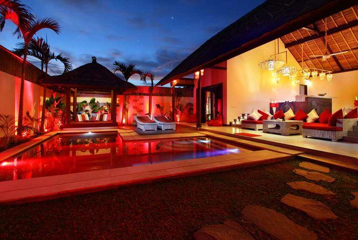 La #villa de nuit, #ambiance #zen.