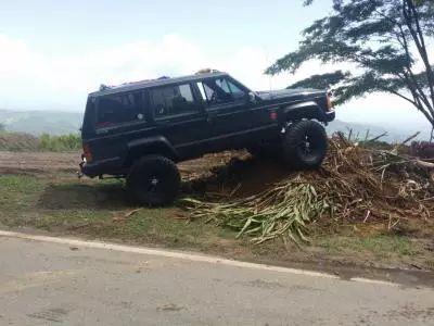 Jeep Cherokee Laredo 1990 #clasificados #autos #usados #puertorico