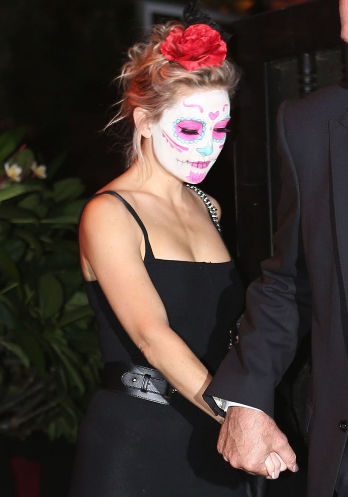 Kate Hudson in sugar skull makeup for a Halloween party