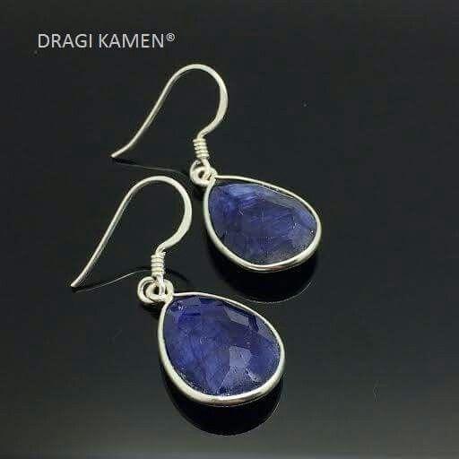 Saffier oorbellen  / Sapphire earrings