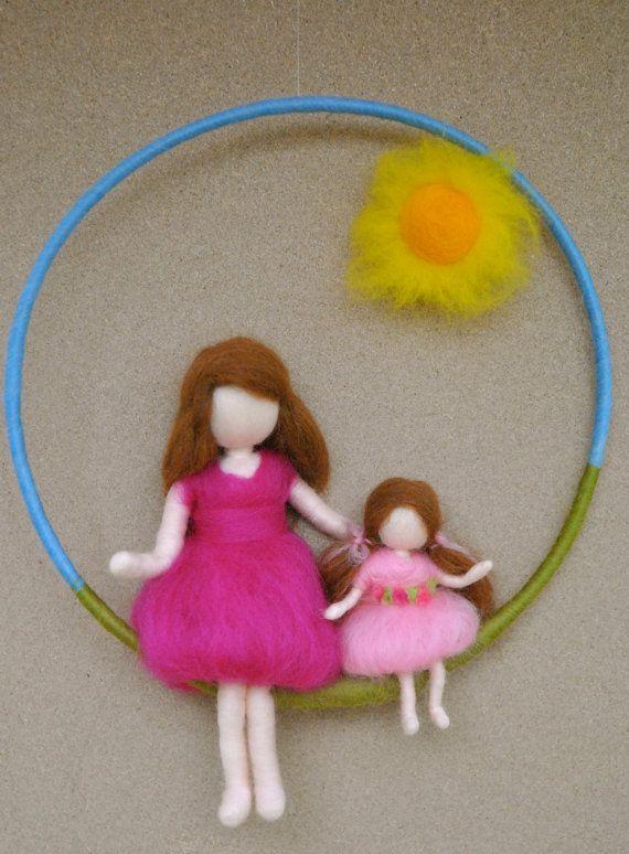 Chicas móvil aguja fieltro waldorf inspirado: madre e por MagicWool
