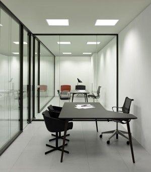 Mampara de oficina Elite diseñada por F. Rifé