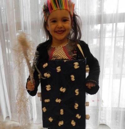 Costumi di carnevale con materiali di riciclo: la fatina