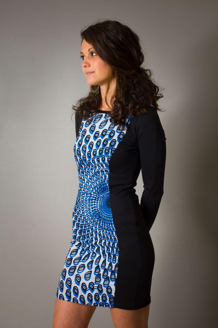 """Robe """"Alice"""" pour femme, cintrée, devant wax bleu, courte et manches longues : Robe par all-by-k"""