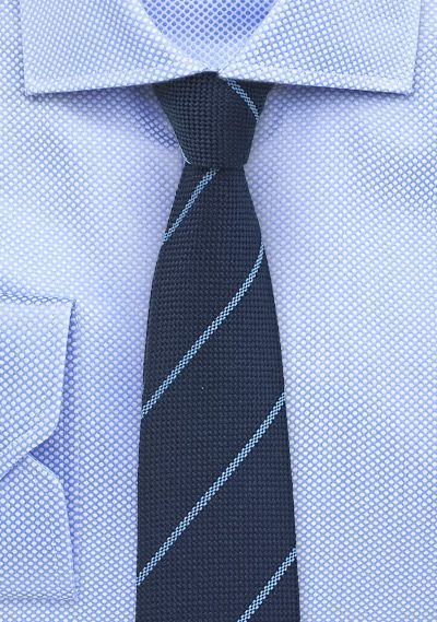 Slim tie - Fuchsia base with white and blue stripes Notch