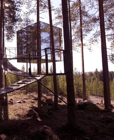 treehotel-3-mirror_cube_exterior © Peter Lundstrom, WDO