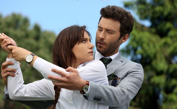 Star Tv'nin yeni dizisi Ateşböceği'nin yayın tarihi belli oldu  Seçkin Özdemir, Nilay Deniz