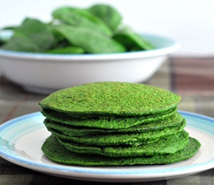 Awesome @Danielle Coller Spinach Pancakes by SpaBettie