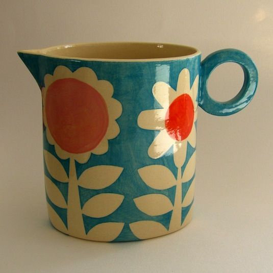 the colorful Ken Eardley. also avail at http://www.blackbird-england.com/ I love that jug!!!