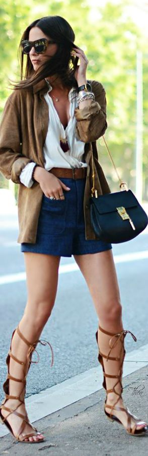 Style ● In The City ~ Tнεα