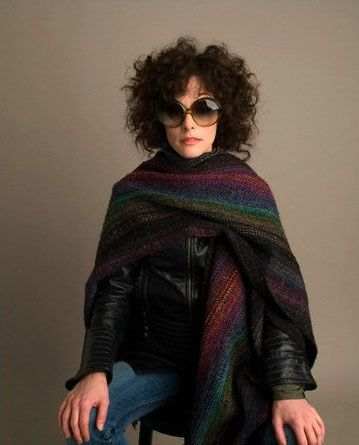 Parker Posey. One of our favorite neighbors. Personal style for days.