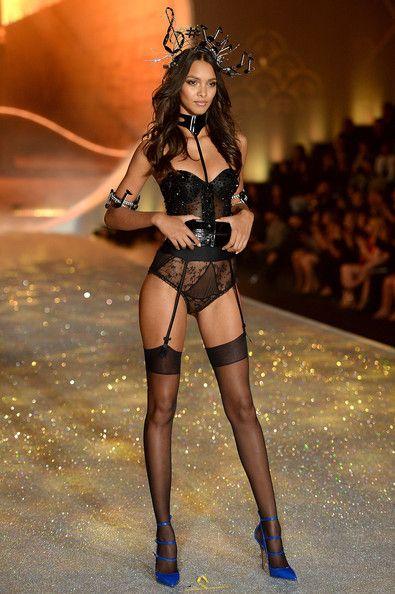 Model Lais Ribeiro walks the runway at the 2013 Victoria's Secret Fashion Show at Lexington Avenue Armory on November 13, 2013 in New York C...