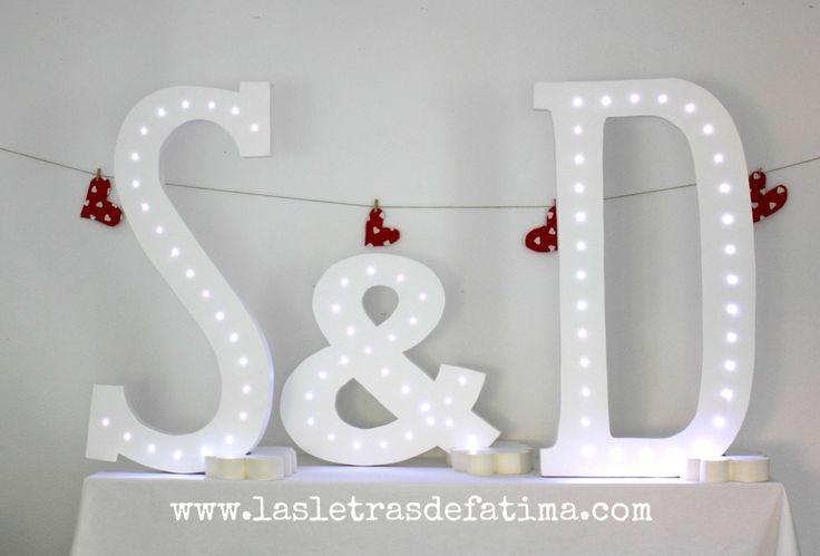 24- 37 inches Light letter. Iluminated Letter. Great for any event :) de Letrasdecorativas en Etsy
