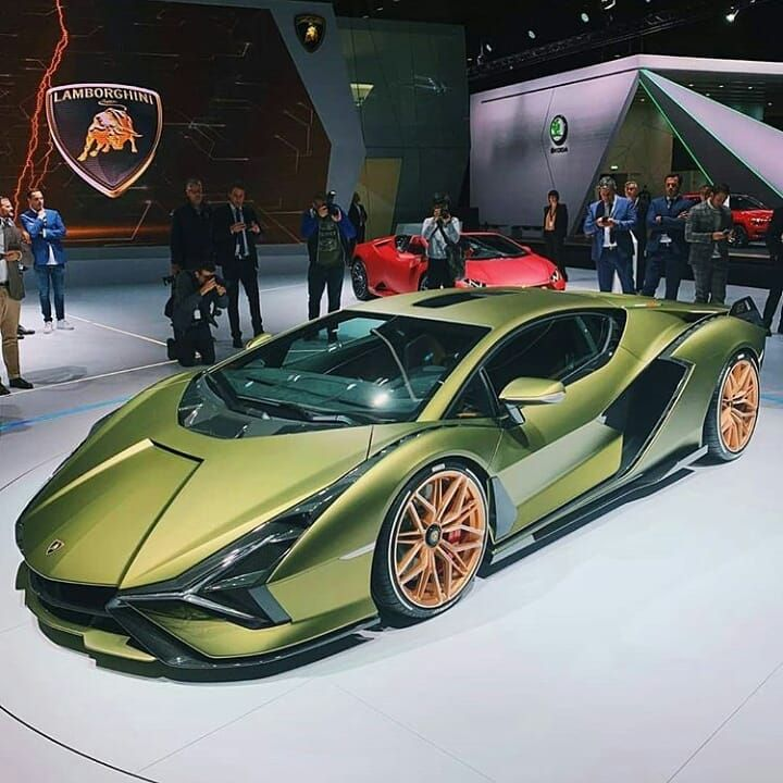 Ferrari Profits Boosted By Sales Of V12 Supercars
