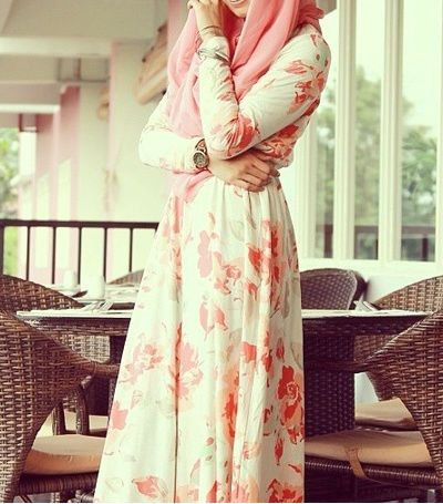 http://www.hijabiworld.com/fashionable-summer-hijab-clothes-for-the-modern-and-stylish-women-of-2016/